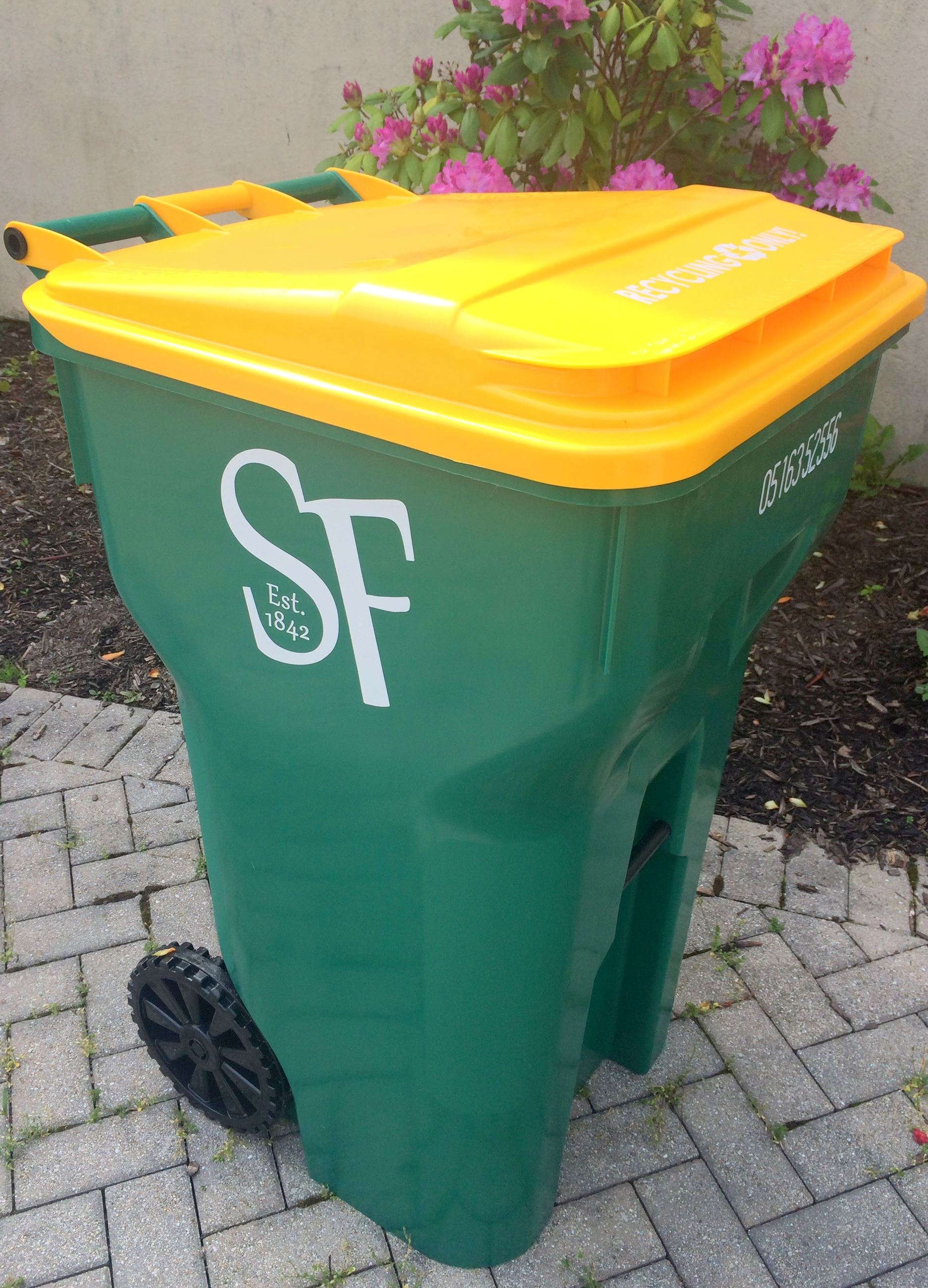 New recycling cart photo