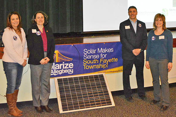 South Fayette&#39s Lisa Malosh, Deron Gabriel & Andrea Iglar w/ SmartPower rep Sharon Pillar